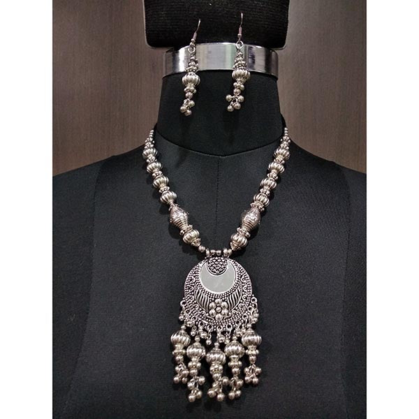 Jeweljunk Glass Rhodium Plated Navratri Necklace Set