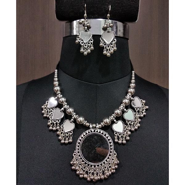 Jeweljunk White Rhodium Plated Navratri Special Necklace Set