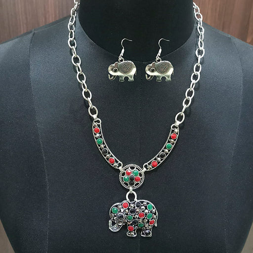 Urthn Pota Stone Elephant Design Statement Neckalce Set