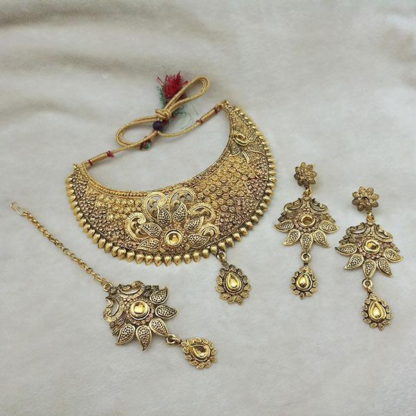 Kriaa Gold Plated Brown Kundan Choker Necklace Set With Maang Tikka - 1113613 - L