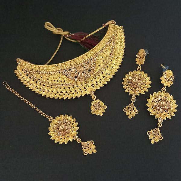 Kriaa Brown Stone Choker Necklace Set With Maang Tikka - 1113635