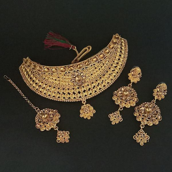 Kriaa Brown Stone Choker Necklace Set With Maang Tikka - 1113636