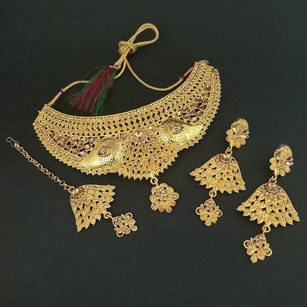 Kriaa Brown Stone Choker Necklace Set With Maang Tikka - 1113637
