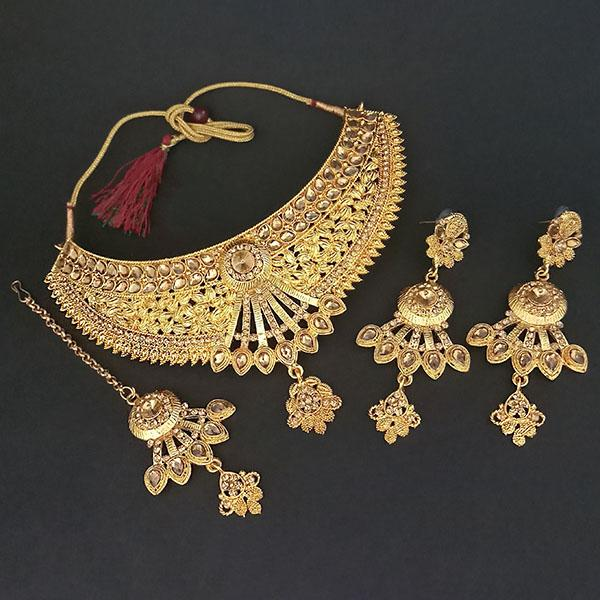 Kriaa Brown Stone Choker Necklace Set With Maang Tikka - 1113638