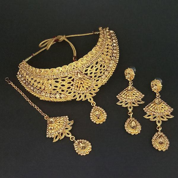 Kriaa Brown Stone Choker Necklace Set With Maang Tikka - 1113640