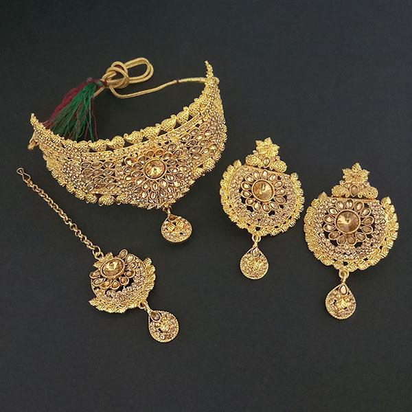 Kriaa Brown Stone Choker Necklace Set With Maang Tikka - 1113644