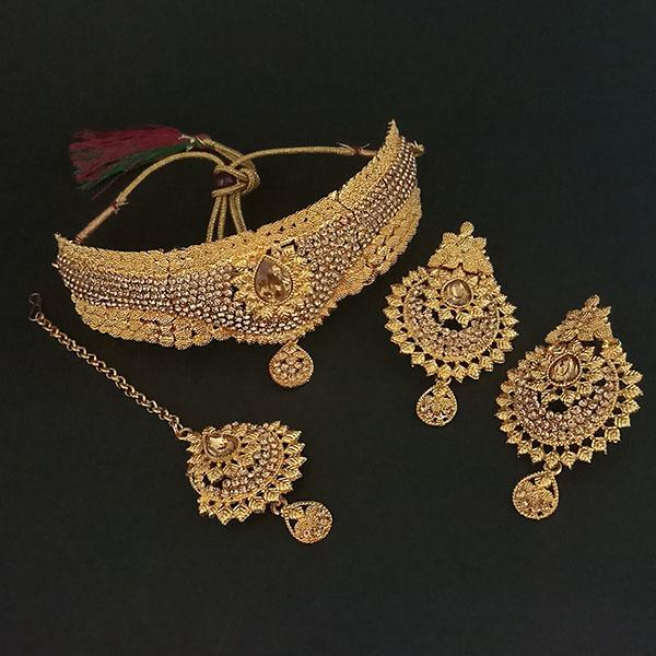 Kriaa Brown Stone Choker Necklace Set With Maang Tikka - 1113647