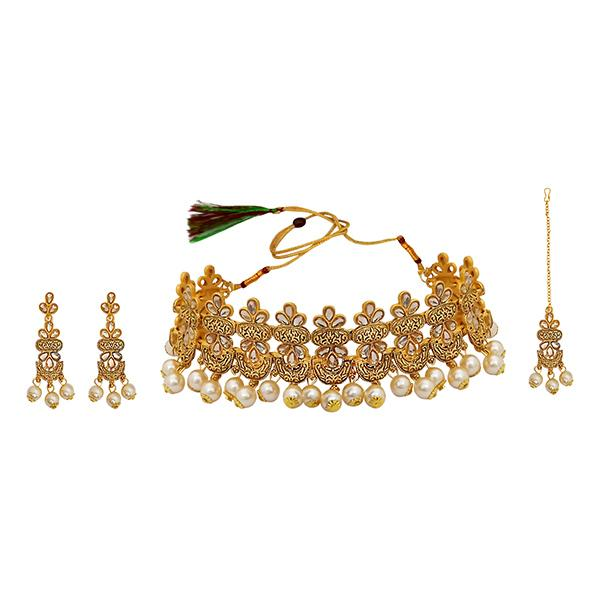 Kriaa Gold Plated Brown Kundan Necklace Set With Maang Tikka - 1113819