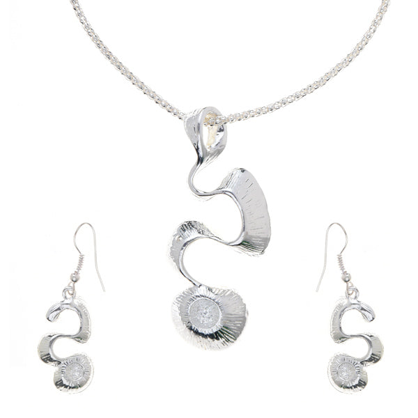 Urthn White Auistrian Stone Silver Plated Pendant Set