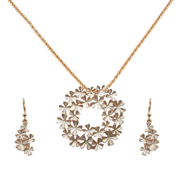 Urthn  Floral Gold Plated Chain Pendant Set