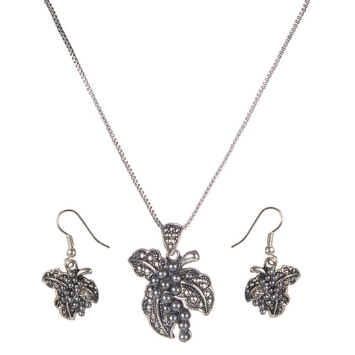Urthn Rhodium Plated Pendant set