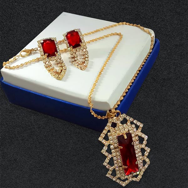Kriaa Red Gold Plated Pendant Set