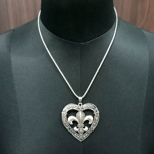 Urthn Heart Shape Chain Pendant