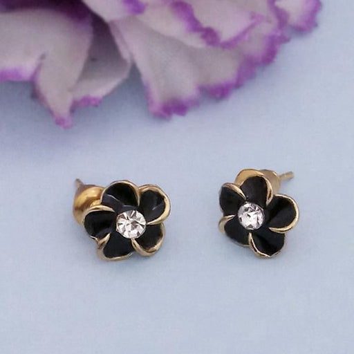 Kriaa Gold Plated White Austrian Stone Floral Stud Earrings - 1312626Q