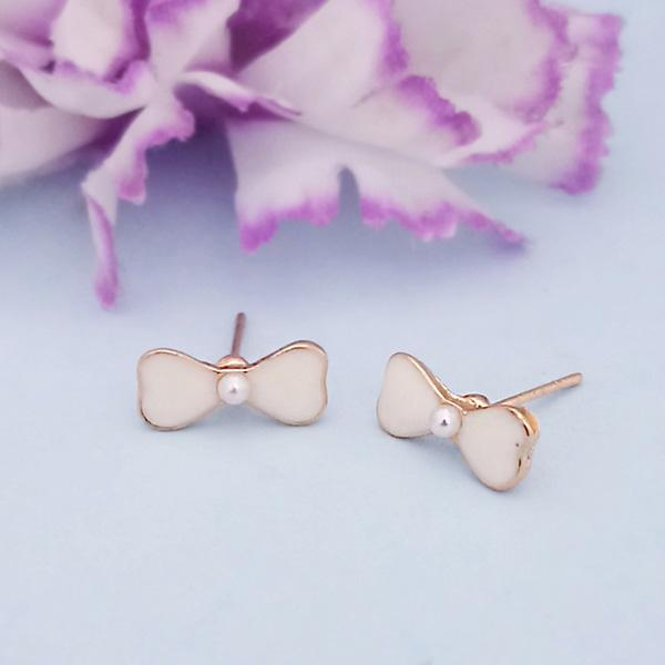 Kriaa Peach Enamel And Pearl Gold Plated Stud Earrings - 1312866A