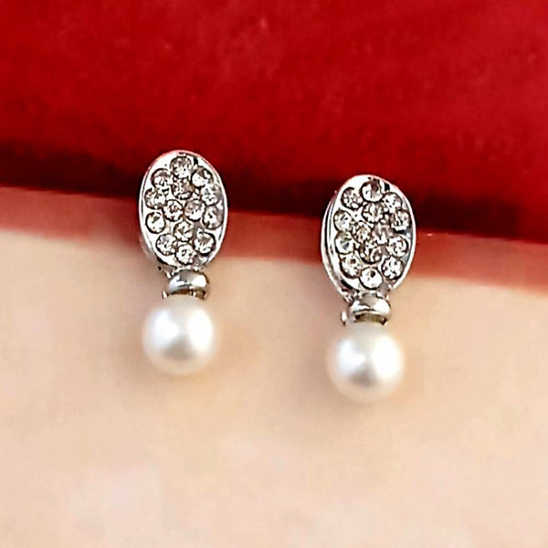 Kriaa Gold Plated White Austrian Stone Stud Earrings - 1317417