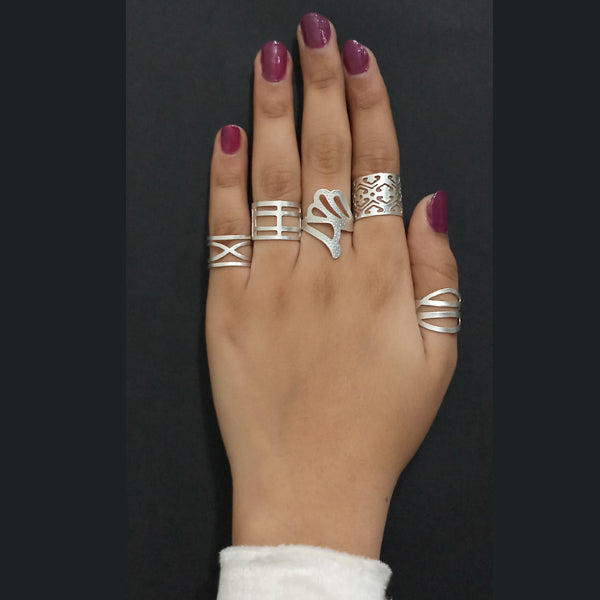 Urthn Silver Plated Adjustable 5 Finger Set