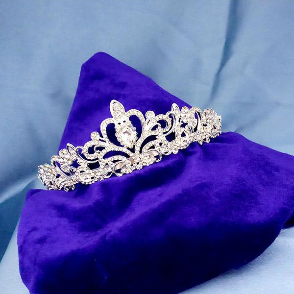 Kriaa White Austrian Stone Silver Plated Half Crown - 1503639