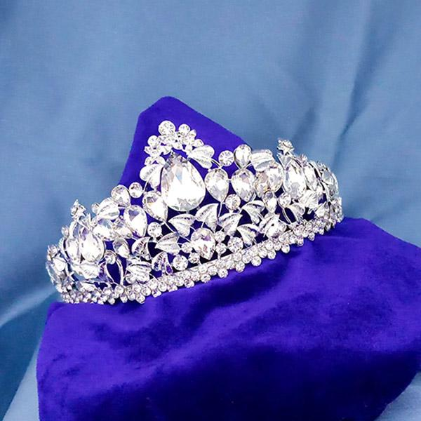 Kriaa White Austrian Stone Silver Plated Half Crown  - 1503655