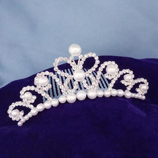 Kriaa White Austrian Stone And Pearl Silver Plated Half Crown - 1503665