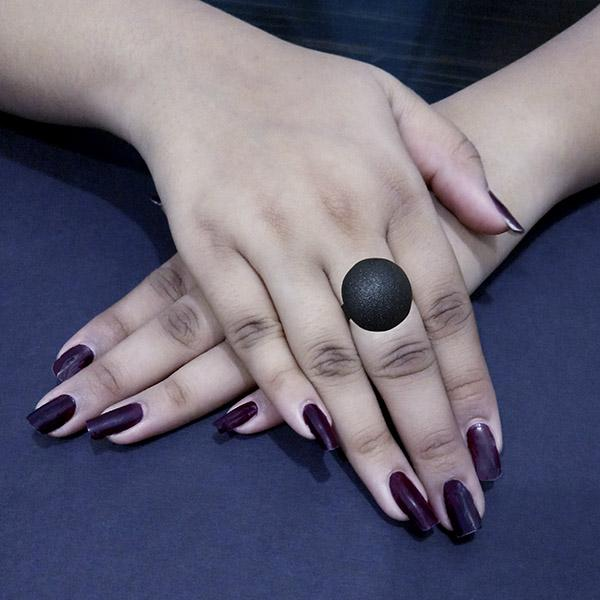 Kriaa Black Round Shaped Adjustable Finger Ring - 1505563C