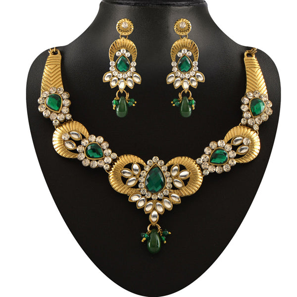 Soha Fashion Green Stone Kundan Necklace Set