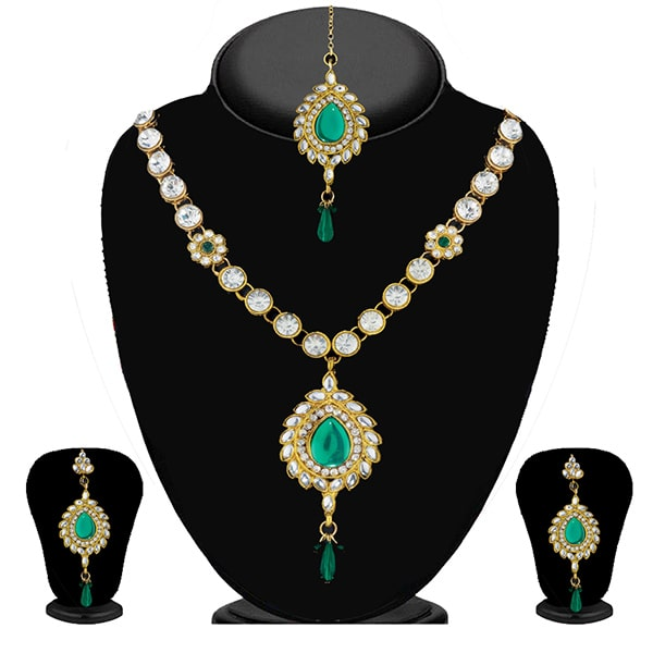 Soha Fashion Green Kundan Necklace Set With Maang Tikka - 2200803 - ES
