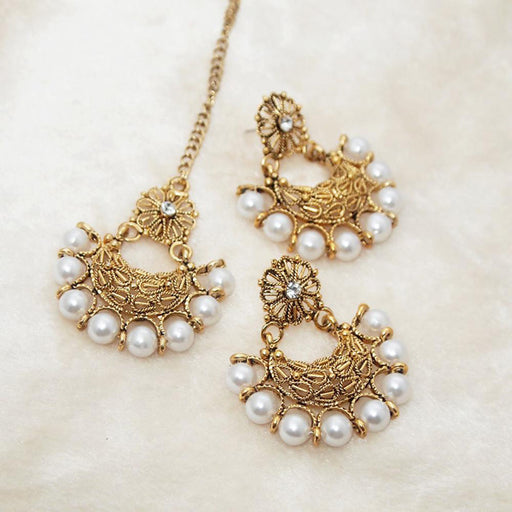 Shreeji White Stone Pearl Dangler Earrings With Maang Tikka
