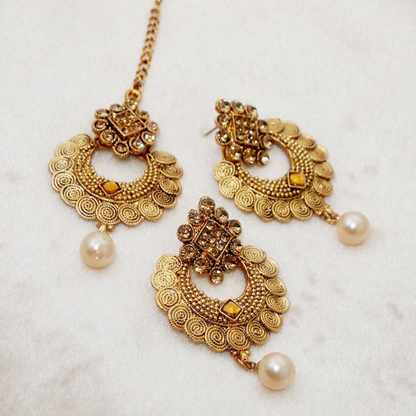 Shreeji Brown Kundan Stone Earrings With Maang Tikka