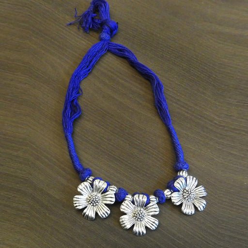 Jeweljunk Floral Design Blue Thread Tribal Necklace