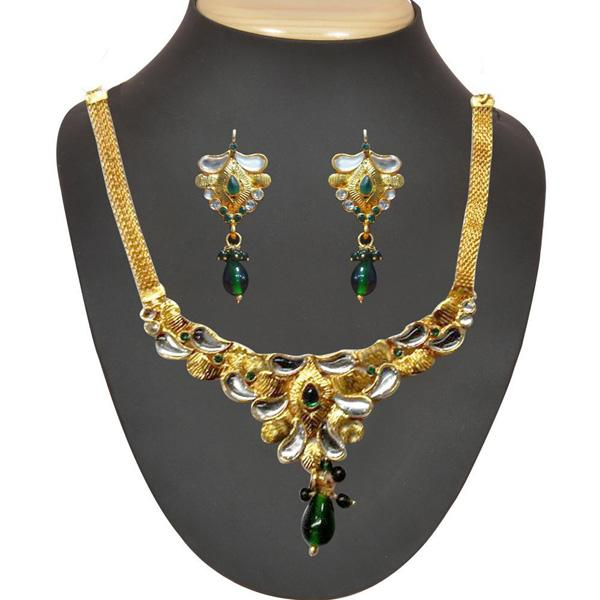 The99jewel Green Stone And Kundan Necklace Set