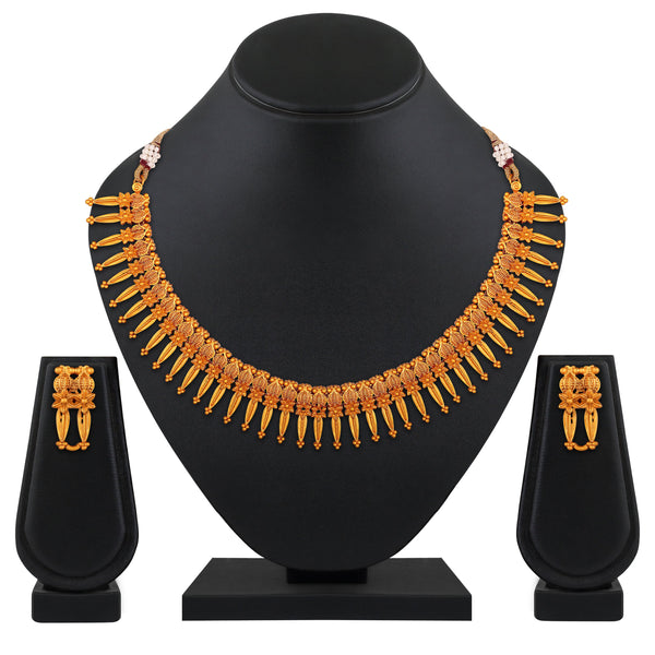 Asmitta Traditional Gold toned choker Jewelley Necklace set for women