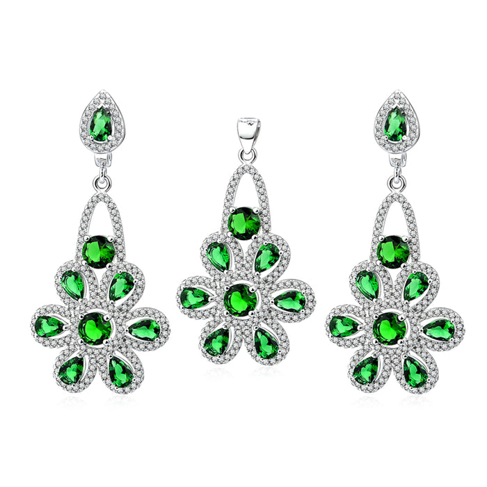 The stunning peridot stone with 925 sterling silver necklace set