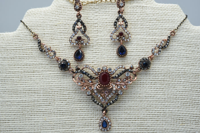 The beautiful vintage necklace set
