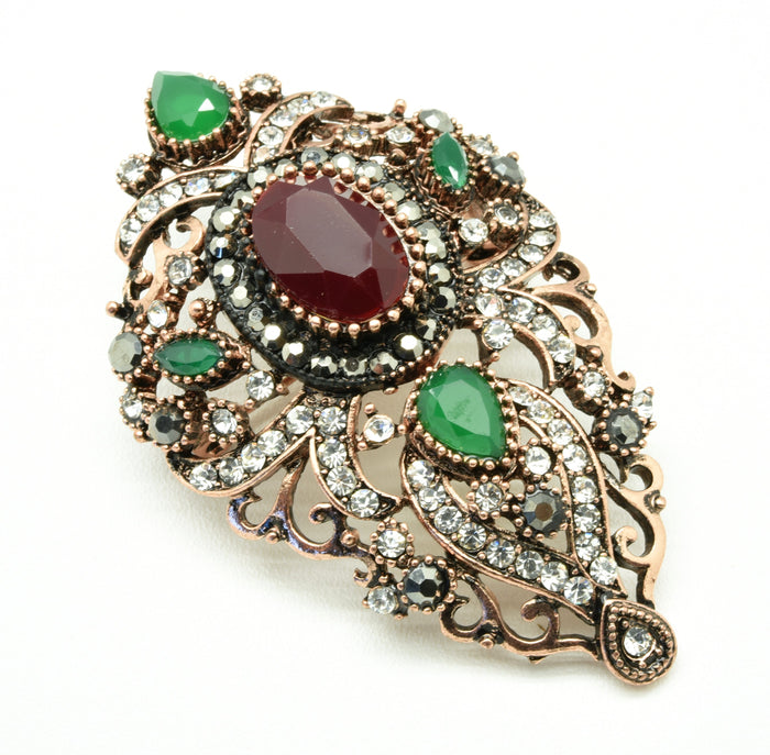 The gorgeous luxury vintage brooch