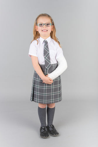 Can you model with a broken arm? Yes, check out the grey trendy tartan school kilt.