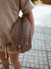 TEDDY POUCH | BROWN