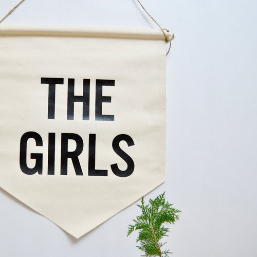 ●50%OFF● WALL BANNER THE GIRLS