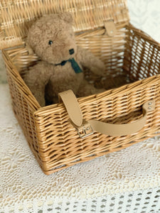 VINTAGE PICNIC BASKET NATURAL