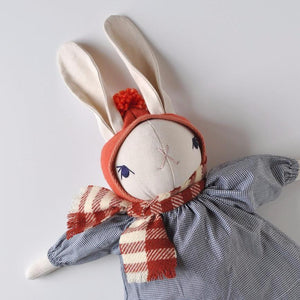 HOLIDAY EXCLUSIVE | LARGE RABBIT WITH BONNET