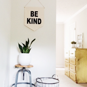 ●50%OFF● WALL BANNER BE KIND