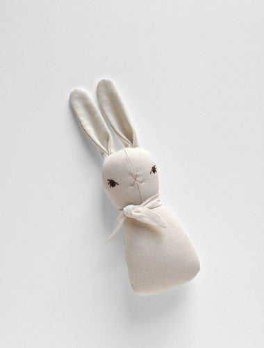 TINY RABBIT RATTLE | CREAM