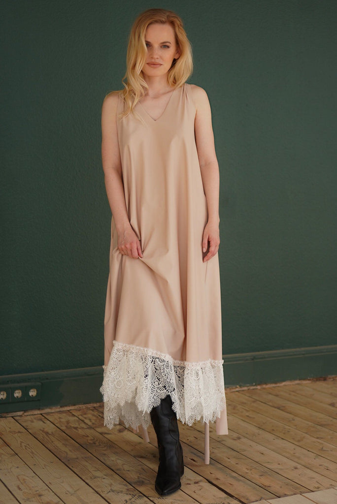Chase The Light Dress Amoralle