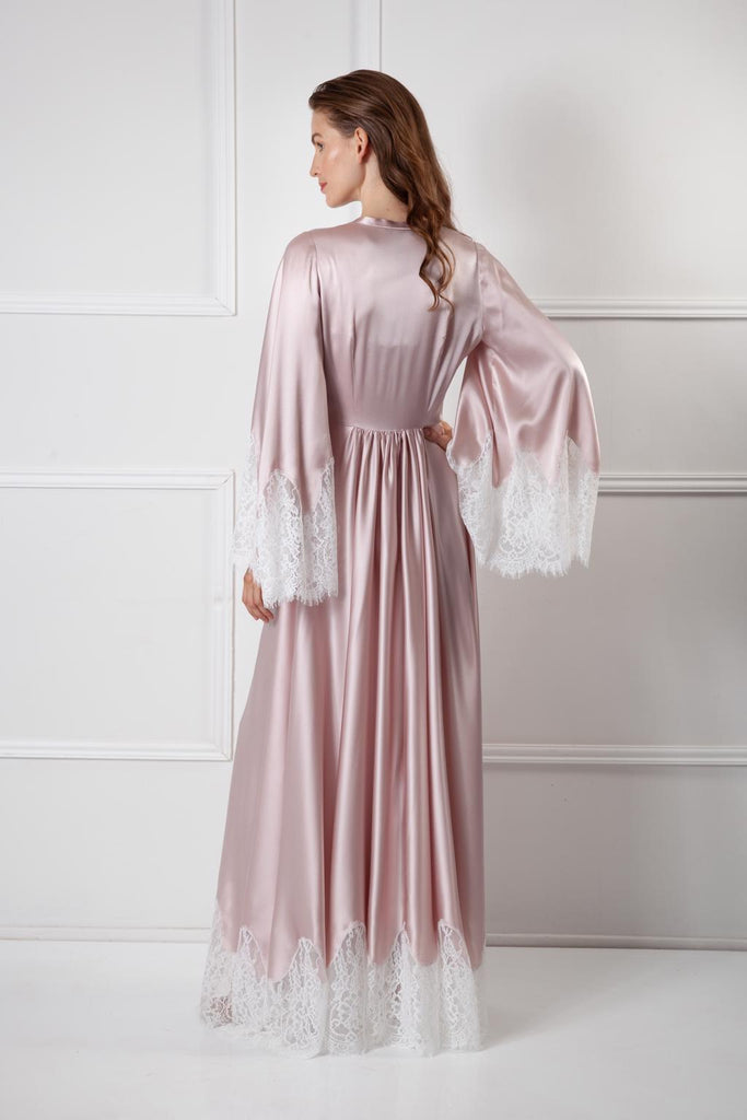 Faithfully yours robe Amoralle