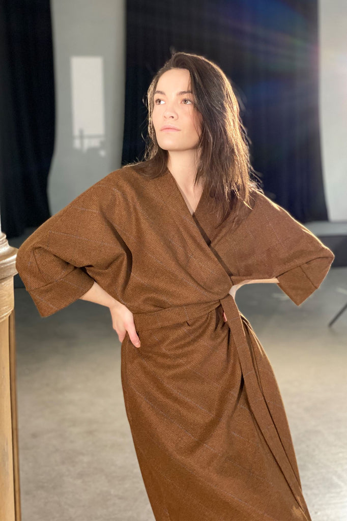 On Silent Wings Kimono Amoralle