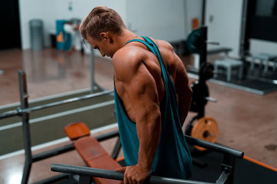 Can you build muscle without carbs?