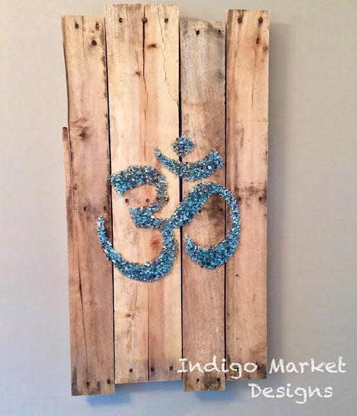 Namaste - Om (Aum) Symbol Pallet Art In Topaz Glass