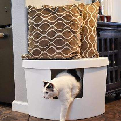 Corner Kitty Litter Box In White