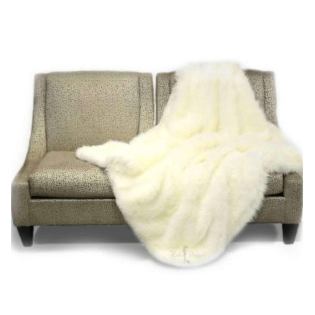 arctic luxury throw blanket in Ivory | Luxury cat products