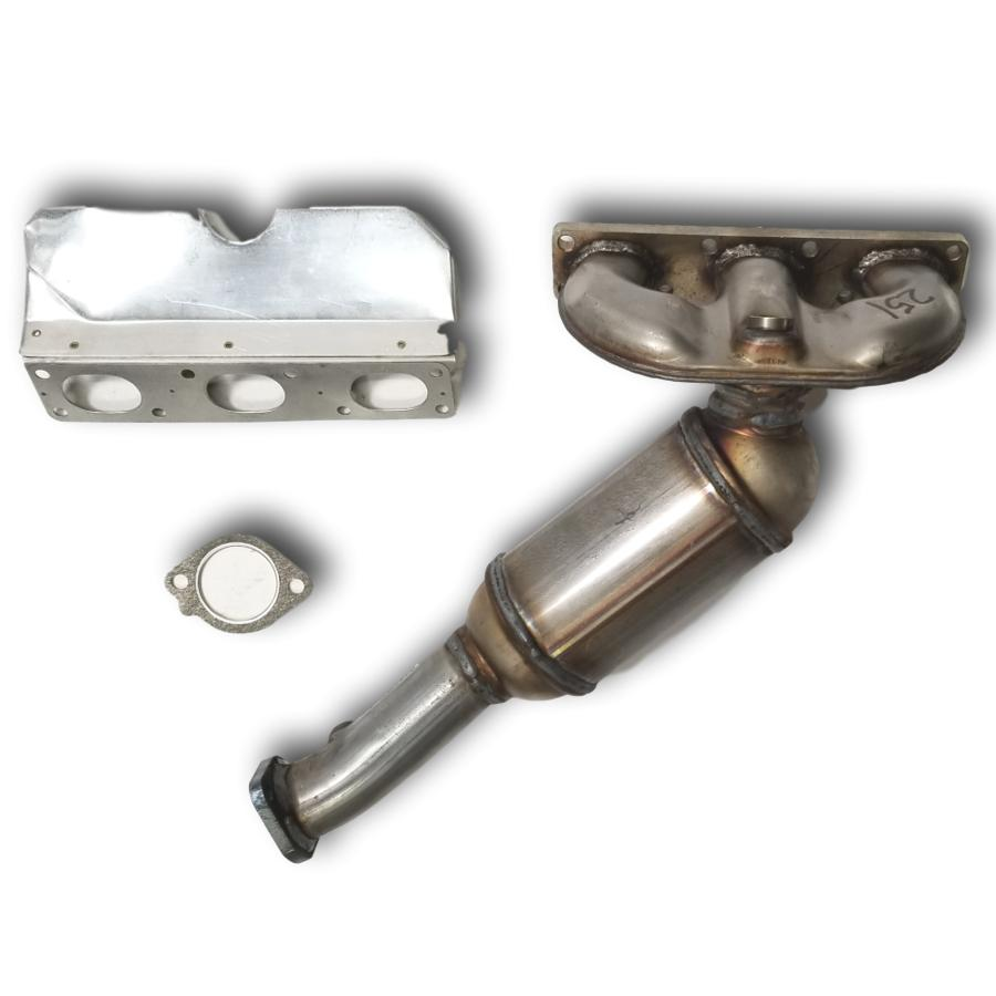 2003 to 2005 BMW Z4 2.5L and 3.0L Rear Catalytic Converter BANK 2